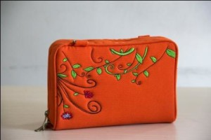 dompet naica Orange Leaf