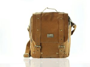 raquer man large brown